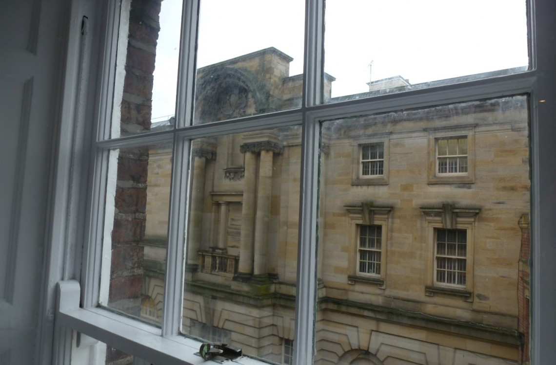 2 Bedrooms For Sale In Flat 2 7 Higham Place Newcastle