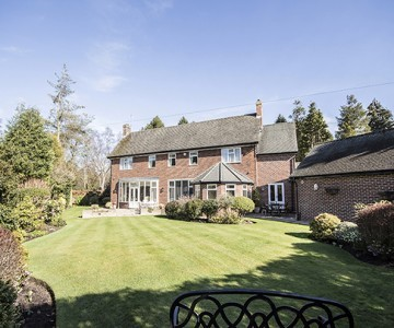 Rocheford Lodge, 10 Woolsington Park South, Woolsington