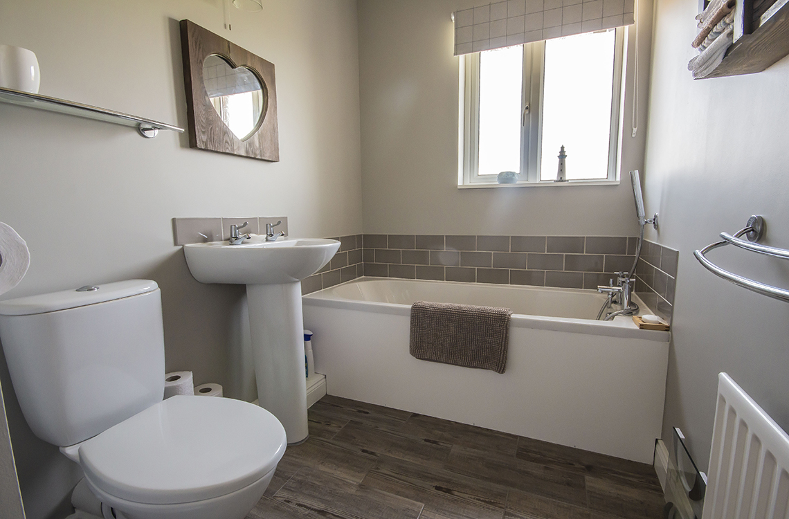 4 Bedrooms For Sale In Byers Close Belford Ne70 7ad
